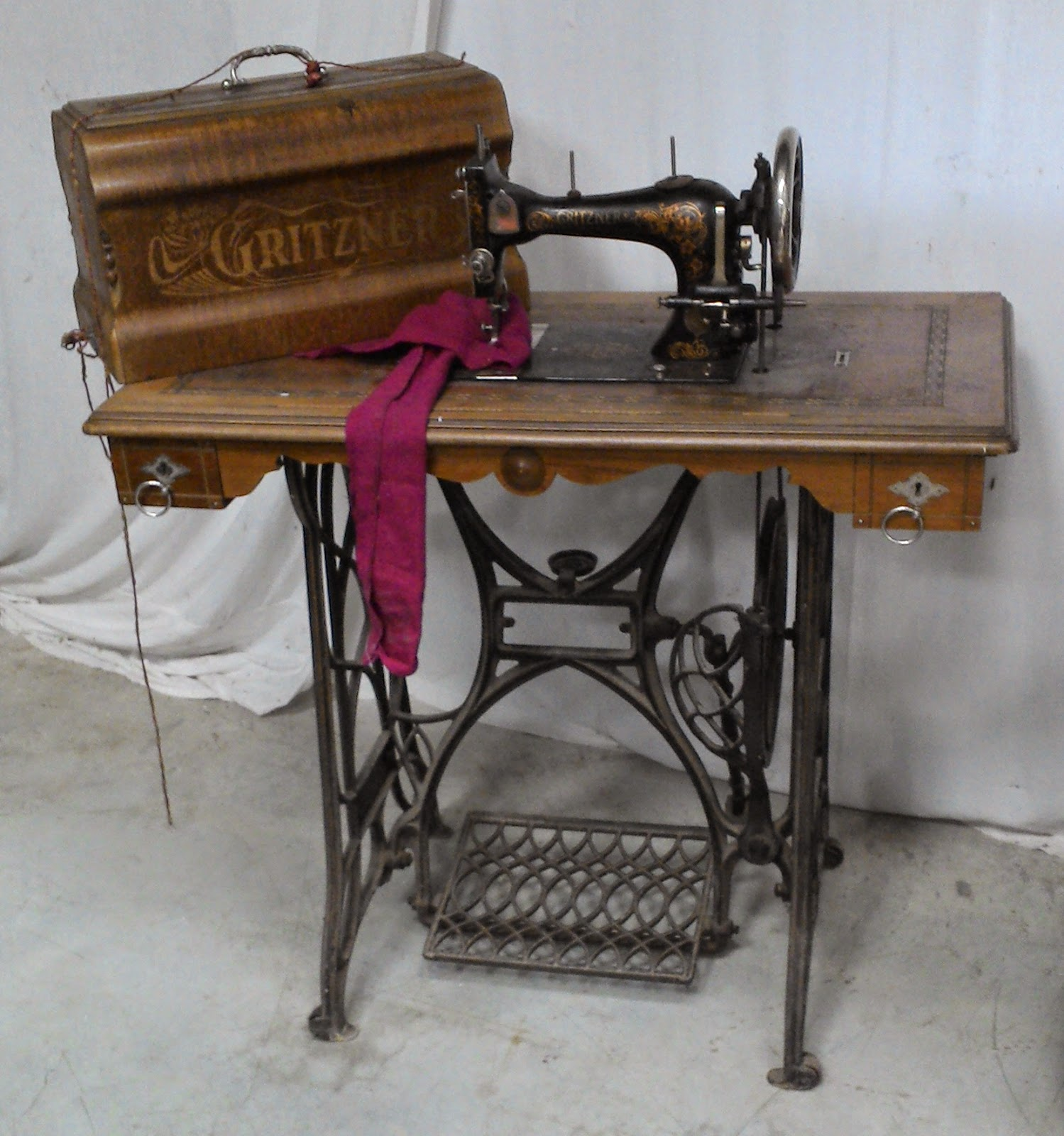 Ancienne Machine A Coudre machine a coudre ancienne gritzner annees 1900 durlach