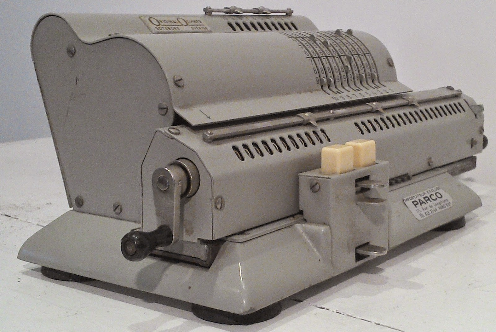 machine a calculer m canique ancienne original odhner calculator made sweden calculatice. Black Bedroom Furniture Sets. Home Design Ideas